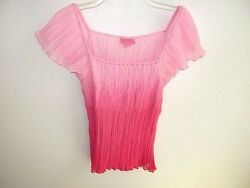She's Cool Top Pink Pucker Pleats  Size M  NWOT #e29