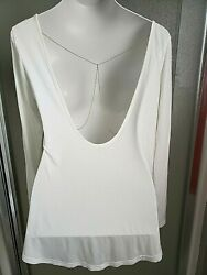 She In Long Sleeve T-Shirt Tee Blouse Rayon Open Back Gold Chain Size Small EUC