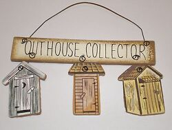 pRiMiTiVe Rustic Country Bath Decor OUTHOUSE COLLECTOR Cute little hanger $6.39