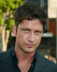 GERARD BUTLER COLOR 8X10 PHOTO CLOSE UP CANDID