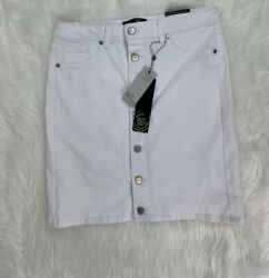 1822 Denim Women#x27;s Basic White Skirt With Buttons Stretch Super Soft Size 10 $20.00