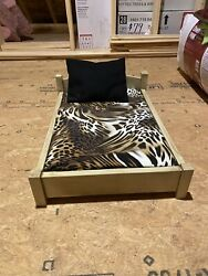 pet beds for medium dogs $55.00