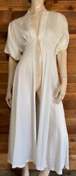 VINTAGE MOVIE STAR WHITE SIZE SMALL ROBE #12072 $29.95