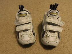 Baby Boy Shoes Spalding size 2 $6.99