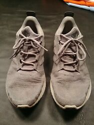 Men#x27;s Adidas Bounce Shoes Size 9.5 $18.99