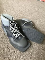 DSO Cross Country Ski Boots Size 38 Nordic Norm 3 Pin VERY NICE $64.00