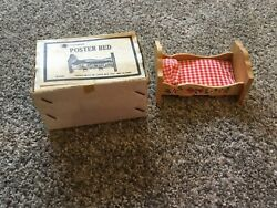 Poster Bed PA DUTCH DESIGN Wood Dollhouse Furniture Chadwick VTG 70s $24.00