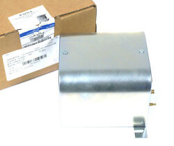NEW JOHNSON CONTROLS P-5215-6 PRESSURE TRANSMITTER 0-.25 IN. W.G. 0-62PA