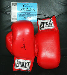MUHAMMAD ALI SIGNED GLOVE PAIR LEATHER MINT CONDITION GREATEST ONLINE AUTHENTICS