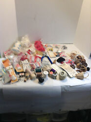MIXED LOT OF ASSORTED VINTAGE & NEW SEWING SUPPLIES AND CRAFTS