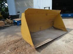 112 inch wheel loader bucket  quick coupler Possibly fits a Cat 930 or 950