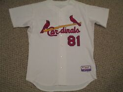 De La Cruz size 46 #81 St. Louis Cardinals Game Used jersey issued home white $84.99