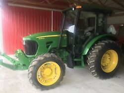 John Deere 5085M Tractor. Cab. 4x4. Front Pto & 3 Point Hitch!!!! Fancy !!