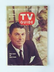 Ronald Reagan Dorothy Malone NO LABEL Vintage TV Guide 1961 Magazine