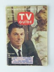 Ronald Reagan Dorothy Malone Vintage TV Guide 1961 Magazine