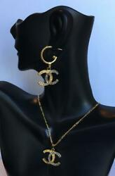 BEAUTIFUL CHANEL SET: EARRINGS AND NECKLACE PLATED WITH 18K GOLD WHITE