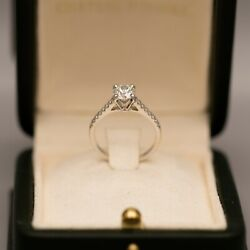 Lady's Diamond Engagement Ring Round Brilliant Cut Diamond 0.72 carat VS1 F