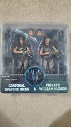 NECA Aliens Corporal Hicks and Private Hudson 2 pack