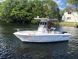20' proline center console fishing boat. 2003 low reserve.