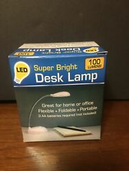 "NEW Led Super Bright 100 Lm Portable And Flexible Desk Light. 9 1 2"" Tall White $8.99"