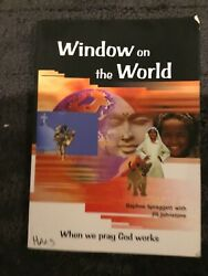 Window on the World : Prayer Atlas for All by Daphne Spraggett Trade Paper $2.30