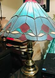 tiffany Style table lamp brass base $125.00