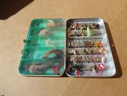 VINTAGE PERRINE # 99 FLY FISHING BOX WITH FLIES AND POPPERS $30.00