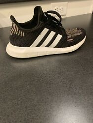 Womens Adidas Shoes. Size 9.5. $9.00