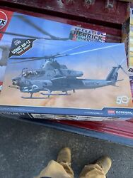 Academy 12127 1:35 Scale US Marine Corps AH 1Z Shark Mouth Helicopter Kit Toy $65.00