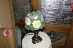 VINTAGE SMALL LAMP ORNATE BRASS BRONZE FROSTED GLASS SHADE FLORAL SCALLOPED EDGE $44.95