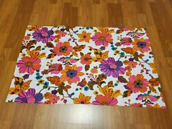 Awesome RARE Vintage Mid Century retro 70s 60s hot pink floral bright fabric $30.00