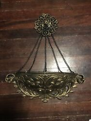 Vintage WALL Pocket PLANTER w Chains amp; Medalion HOMCO 4650 Ornate Floral Gold $75.00