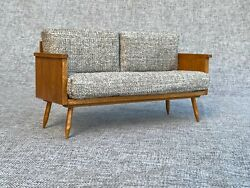 1 6 scale Sofa Couch Mid Century Modernfor Fashion doll Blythe Barbie Momoko $69.00