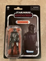 2020 Star Wars Vintage Collection VC181 The Mandalorian Beskar Armor In Hand $26.99