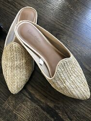 Universal Thread Women#x27;s quot;Violetquot; Woven Backless Tan Mules Trendy Size 7.5 $14.99
