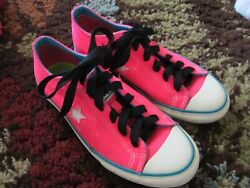Converse One Star Women#x27;s Shoes Size 7 Neon Pink Star Cutout on Side Low Top $23.99
