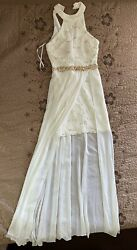 Sleeveless prom dress white with golden details long size 5 6 only worn once $50.00