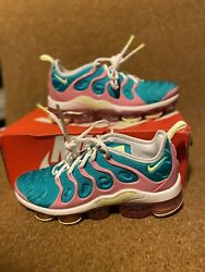 NIKE AIR VAPORMAX PLUS quot;EASTERquot; WOMEN SIZE 7.5 BRAND NEW W BOX CW7014 100 $195.00