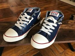 Converse All Star Kids Unisex Size 5 Navy Leather Rubber Sole New In Box $29.95