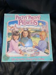 Pretty Pretty Princess Jewelry Dress Up Board Game 1990 Mostly complete CROWN In