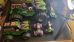 New Bright Large RC Monster Jam Grave Digger No Remote Battery Untested LOT $65.00