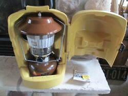 1979 BROWN COLEMAN MODEL 275 LANTERN PICKET GLOBE FUNNEL CLAMSHELL CONTAINER $129.99