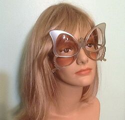 Rare Vtg Anglo American Optical Butterfly White Satin Finish Frame Sunglasses