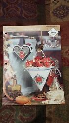 FANCY BASKETS COUNTRY WARES FLORAL CROSS STITCH PATTERN FREE SHIPPING $4.99