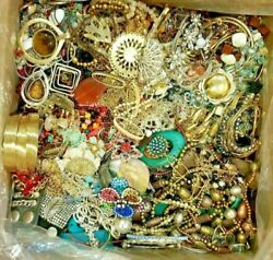 Nice Jewelry Lot ALL GOOD Wear Resell Vintage Now 12 Pc Earring Brooch Necklace