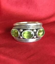 Peridot And Sterling Silver Ring - 925