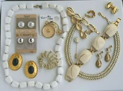 Vintage PINS BROOCHES EARRINGS BRACELETS NECKLACE JEWELRY LOT SOME SIGNED