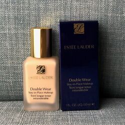 NEW - Estee Lauder Double Wear Stay-In-Place Makeup Foundation  (Shade Options)