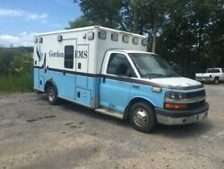 2010 Chevrolet Ambulance (does not start-has engine problems)