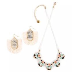 Plunder Posse - September 2019 -Necklace and Earrings Set - NEW!